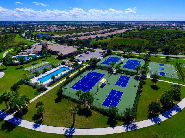 10874 Sw Candlewood Road, Port Saint Lucie, FL 34987
