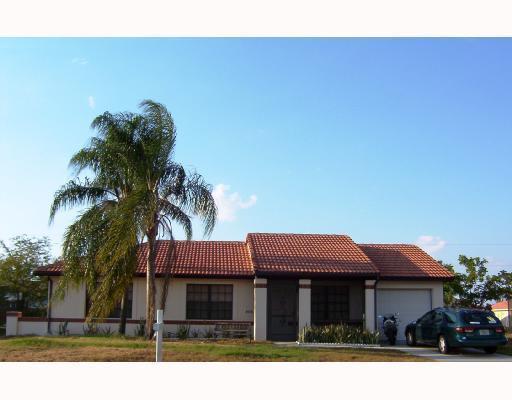 855 Sw Amethist Terrace, Port Saint Lucie, FL 34953