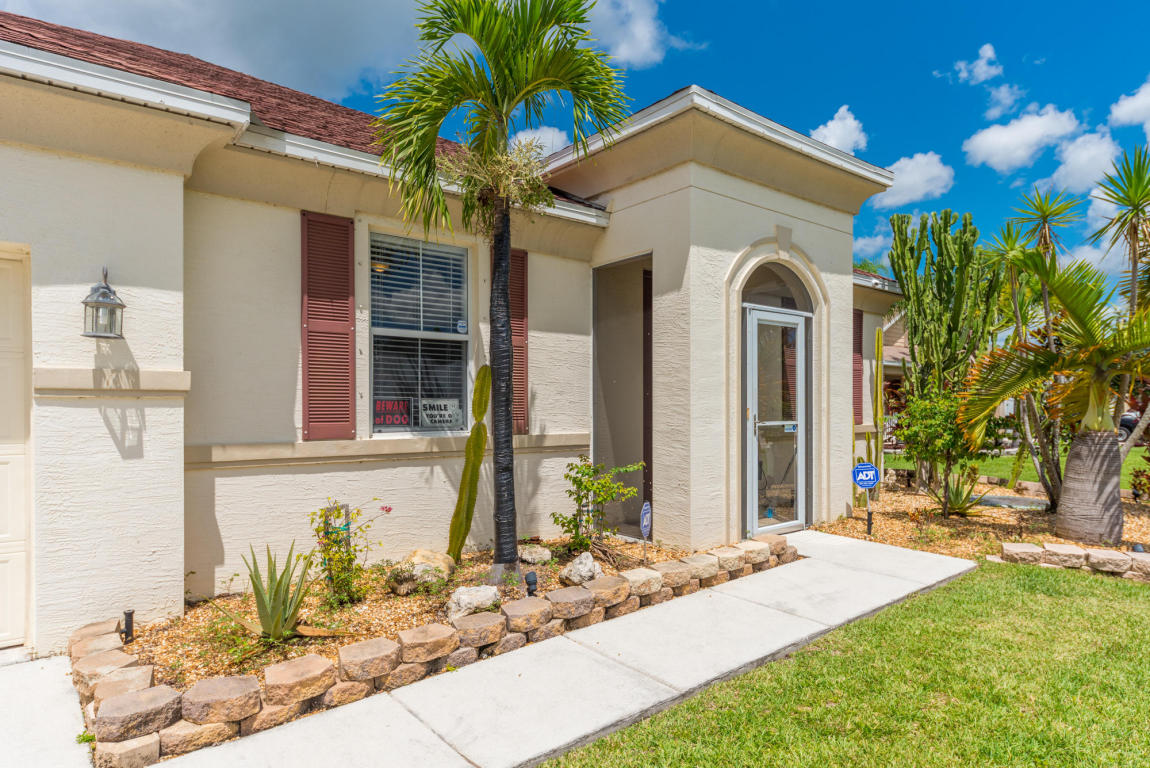 6902 Nw Kowal Court, Port Saint Lucie, FL 34953
