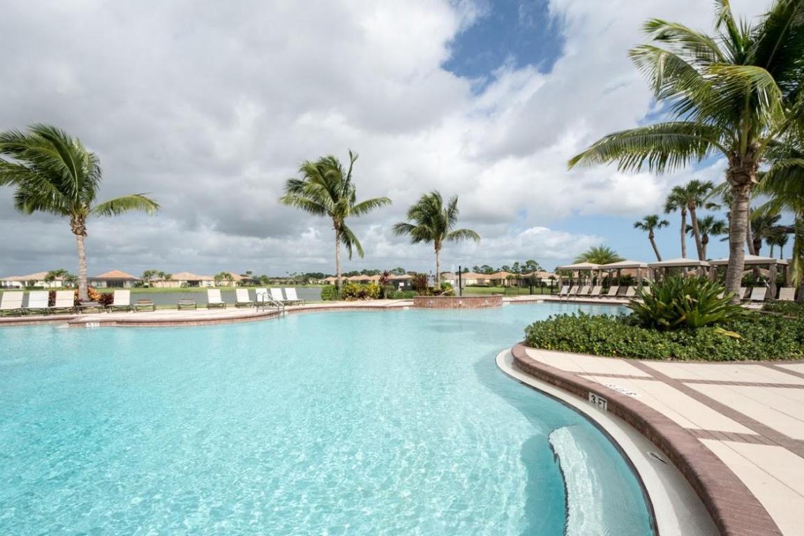 9532 Sw Nuova Way, Port Saint Lucie, FL 34986