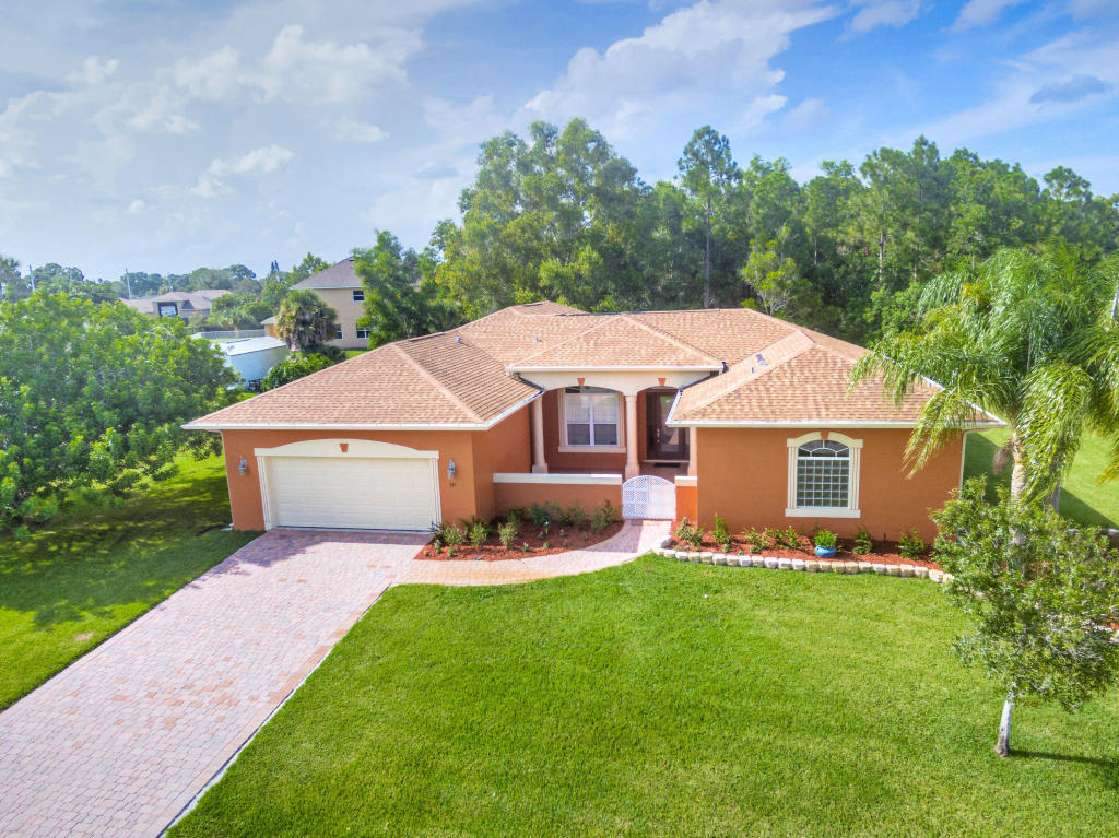 121 Sw Landis Lane, Port Saint Lucie, FL 34953
