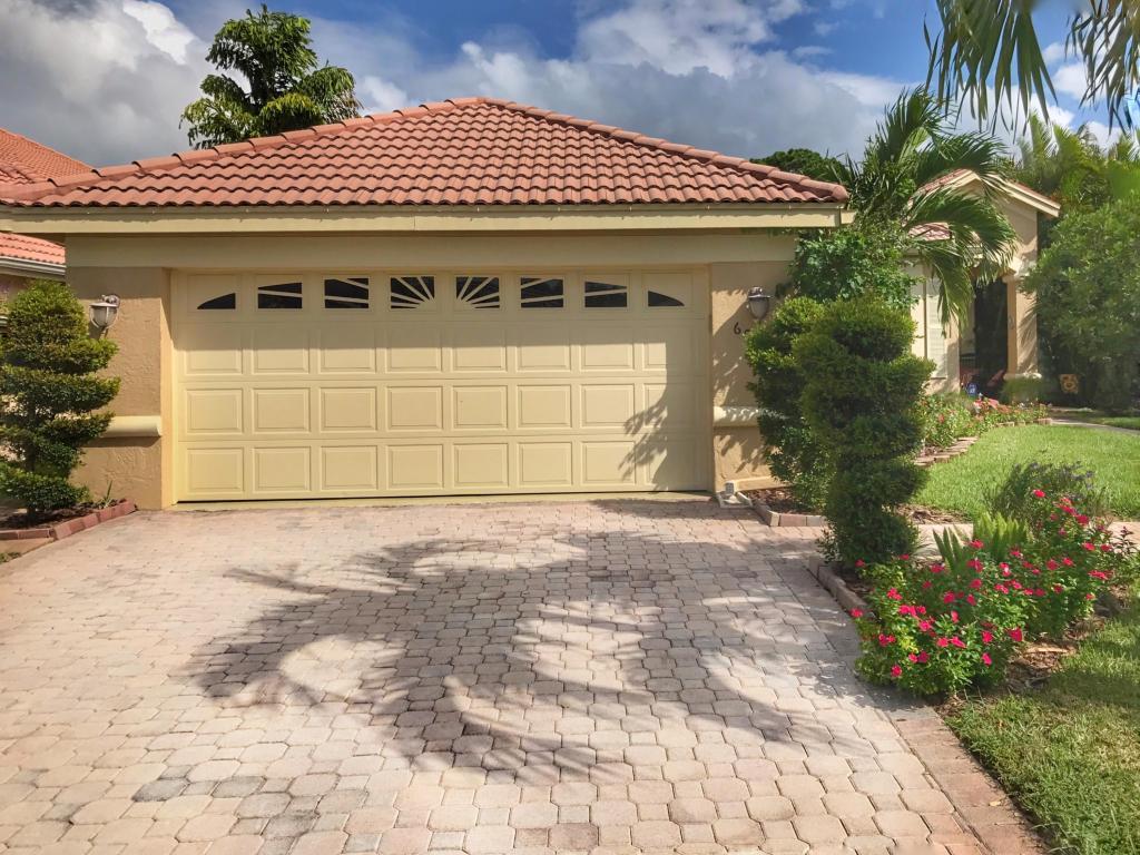 601 Sw Lake Charles Circle, Port Saint Lucie, FL 34983
