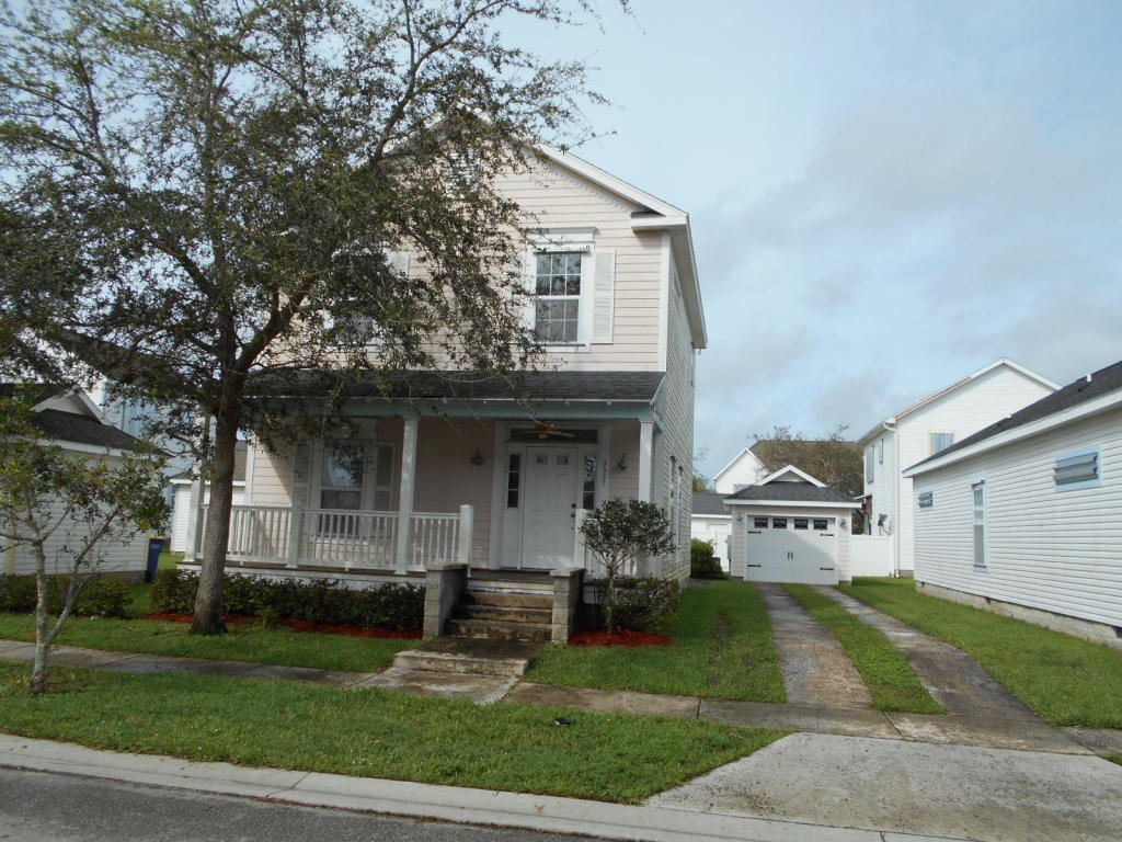 3337 N Park Drive, Fort Pierce, FL 34982