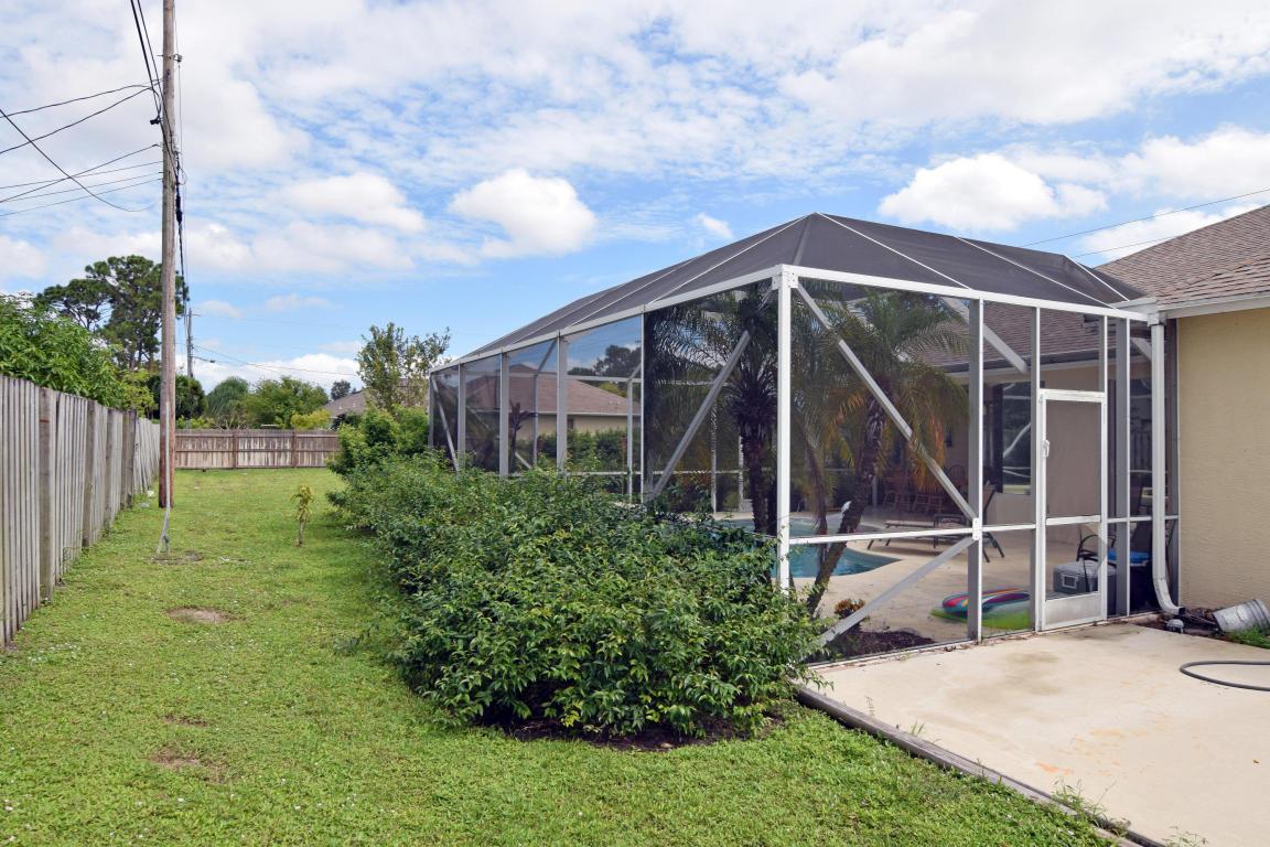 2758 Sw Savona Boulevard, Port Saint Lucie, FL 34953