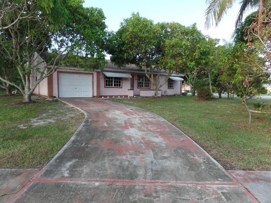2402 Se Richmond Street, Port Saint Lucie, FL 34953