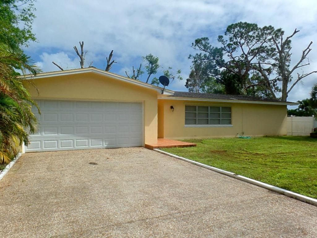 6513 Emerson Avenue, Fort Pierce, FL 34951