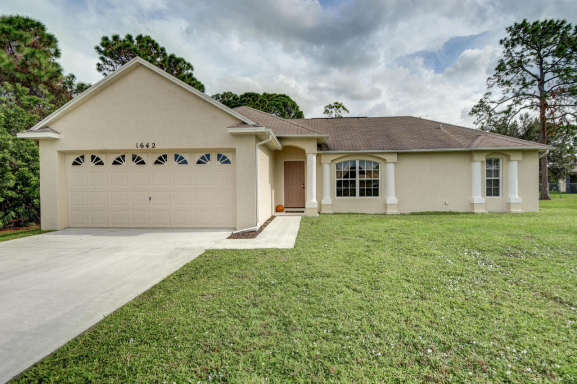 1642 Sw Malmo Road, Port Saint Lucie, FL 34953