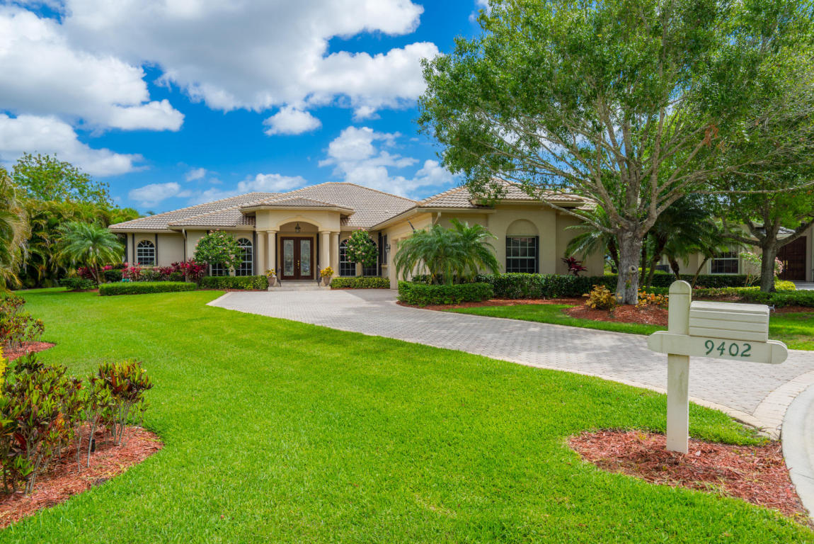 9402 Pinebark Court, Fort Pierce, FL 34951