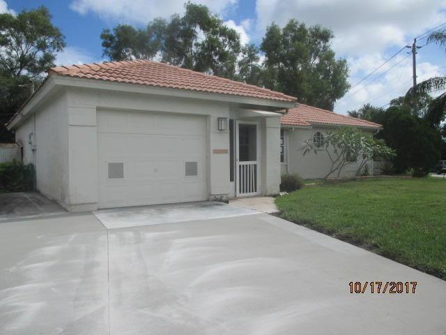 6800 Nw Elaine Street, Port Saint Lucie, FL 34983