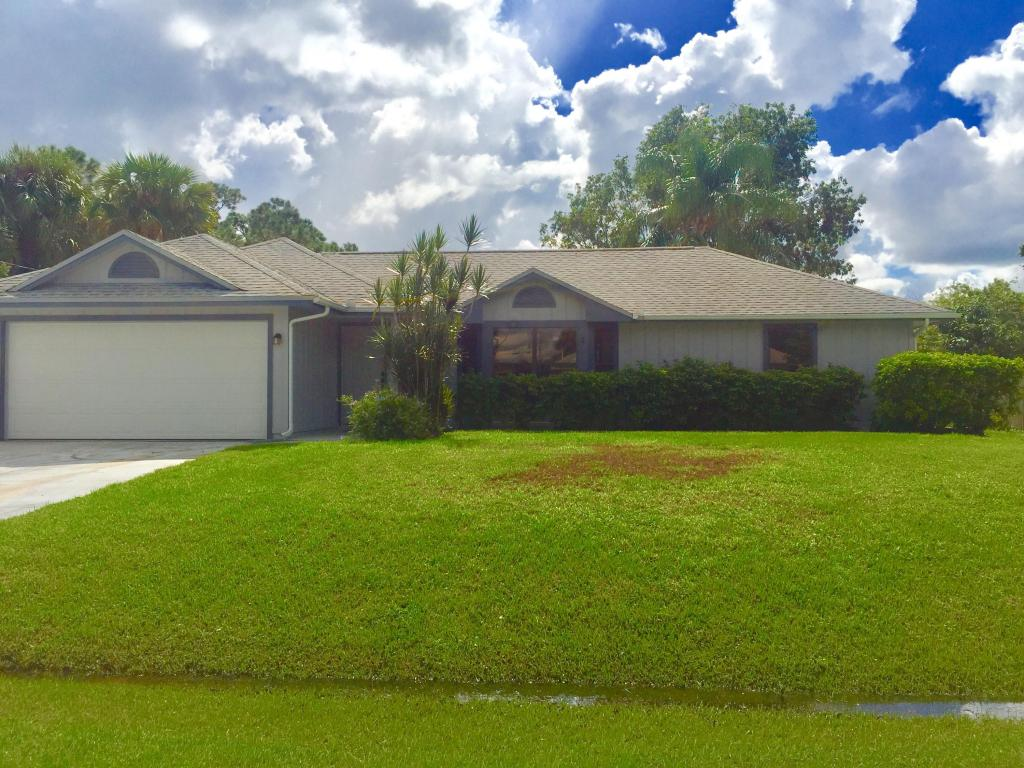 1434 Sw Glastonberry Avenue, Port Saint Lucie, FL 34953