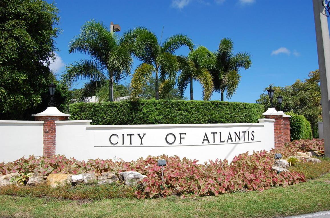 326 Yorktowne Circle, Atlantis, FL 33462