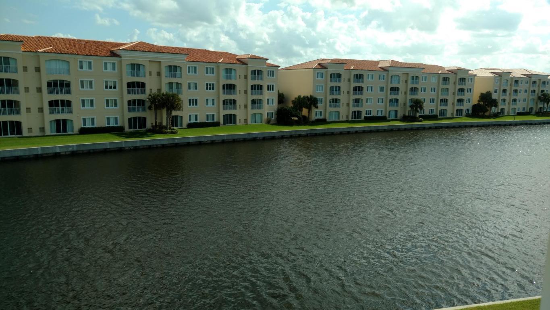 18 Harbour Isle Drive W, Fort Pierce, FL 34949
