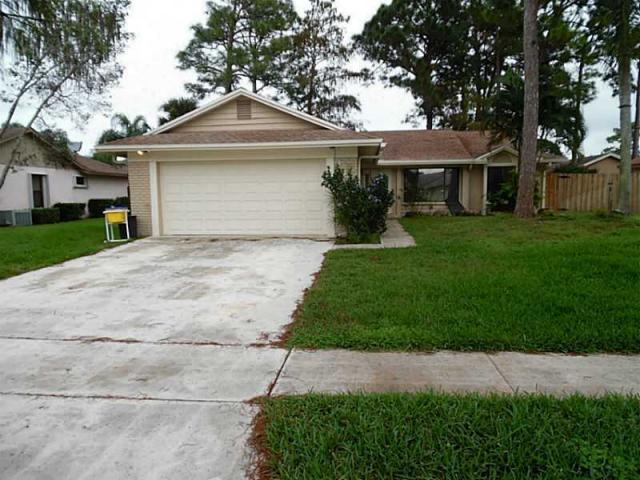 139 Parkwood Drive, Royal Palm Beach, FL 33411