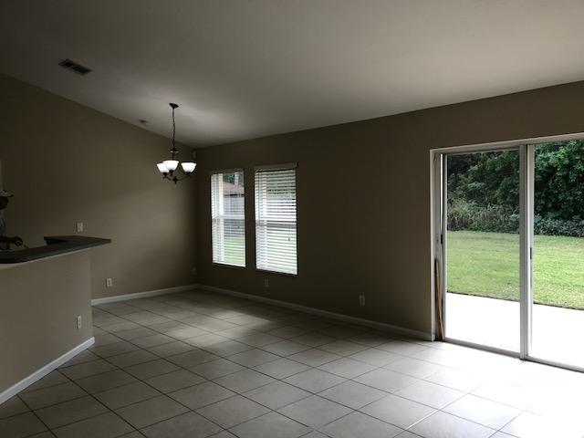 1526 Sw Dycus Avenue, Port Saint Lucie, FL 34953