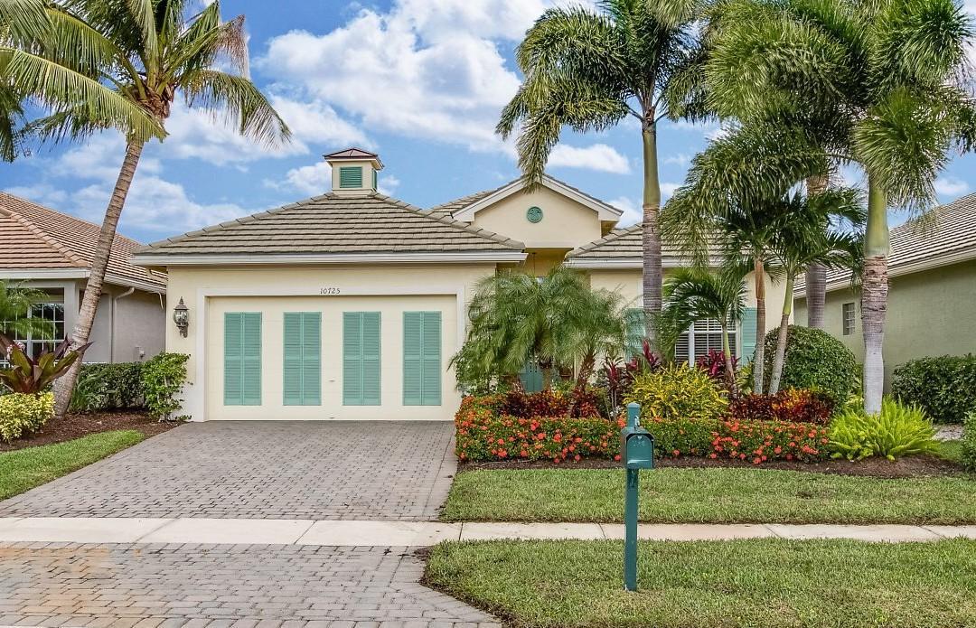10725 La Strada, West Palm Beach, FL 33412