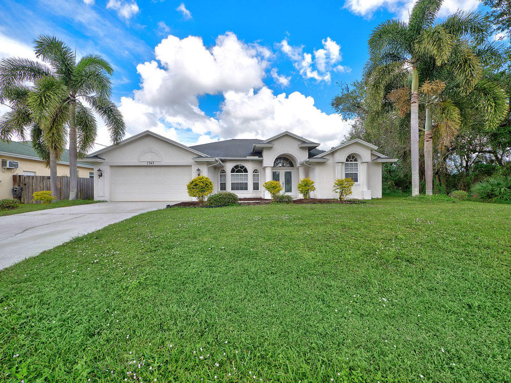 1743 Sw Leafy Road, Port Saint Lucie, FL 34953