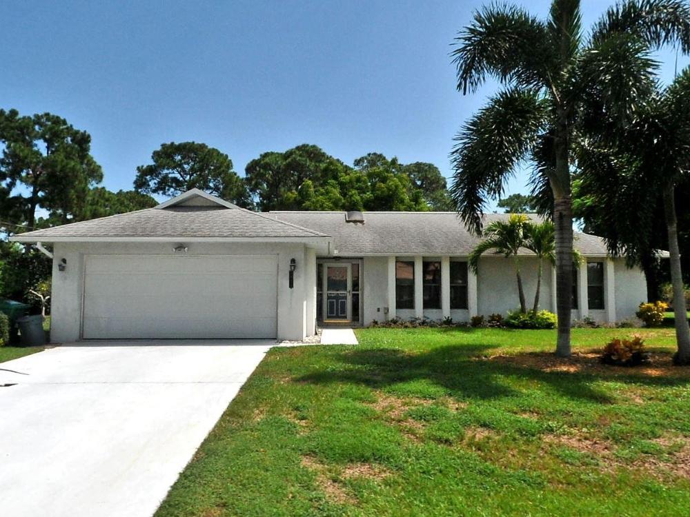 2489 Se Delano Road, Port Saint Lucie, FL 34953