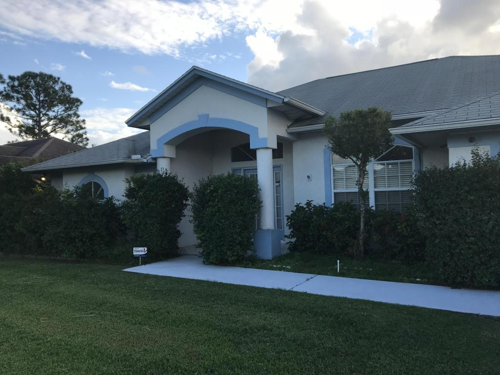 335 Fisk Road, Port Saint Lucie, FL 34983