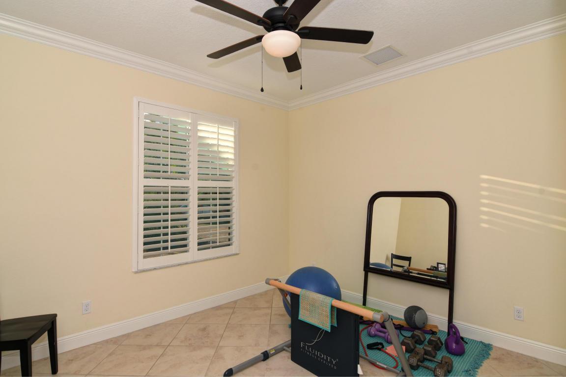 6975 Nw Hartney Way, Port Saint Lucie, FL 34983