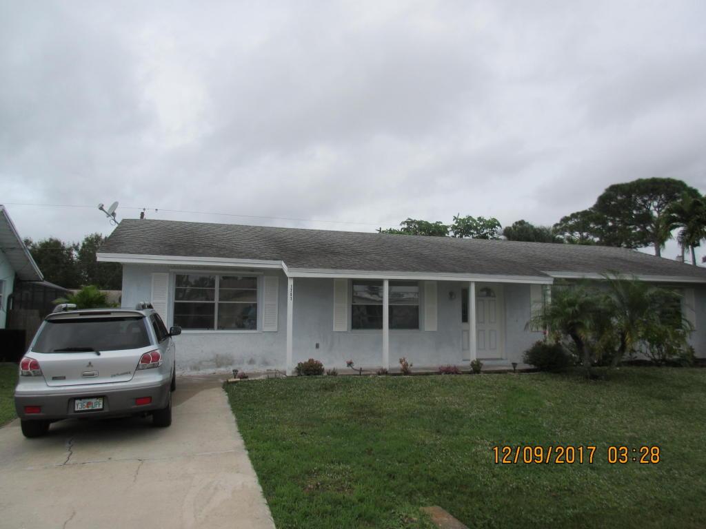 1741 Se Jackson Street, Stuart, FL 34997