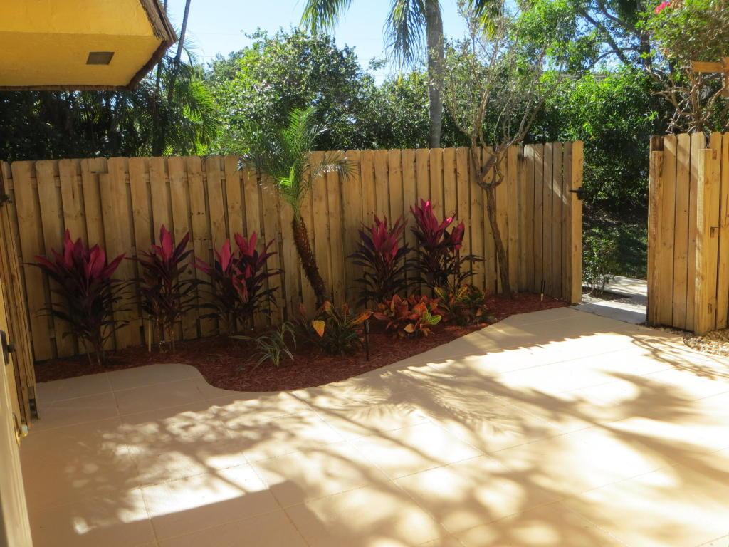 3654 Silver Lace Lane, Boynton Beach, FL 33436