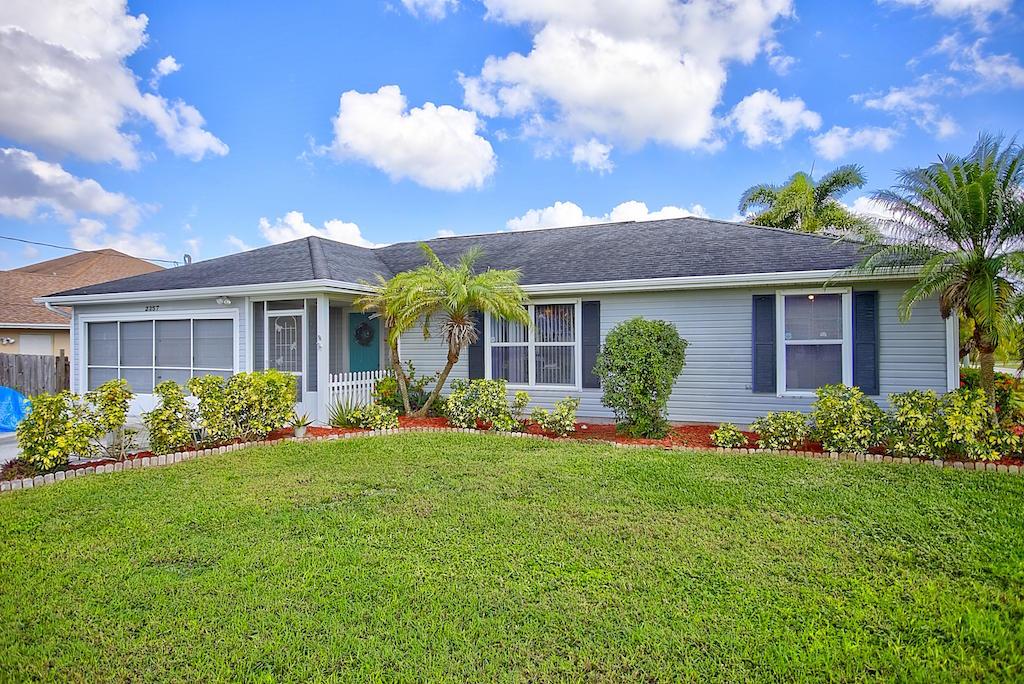 2357 Sw Alminar Street, Port Saint Lucie, FL 34953