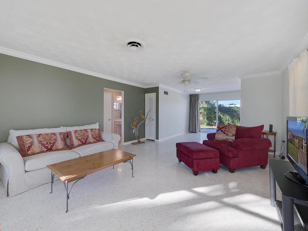 1817 N J Terrace, Lake Worth, FL 33460