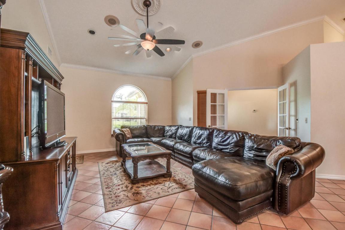 129 Ne Naranja Avenue, Port Saint Lucie, FL 34983