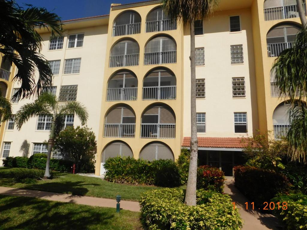 250 Ne 20th Street, Boca Raton, FL 33431