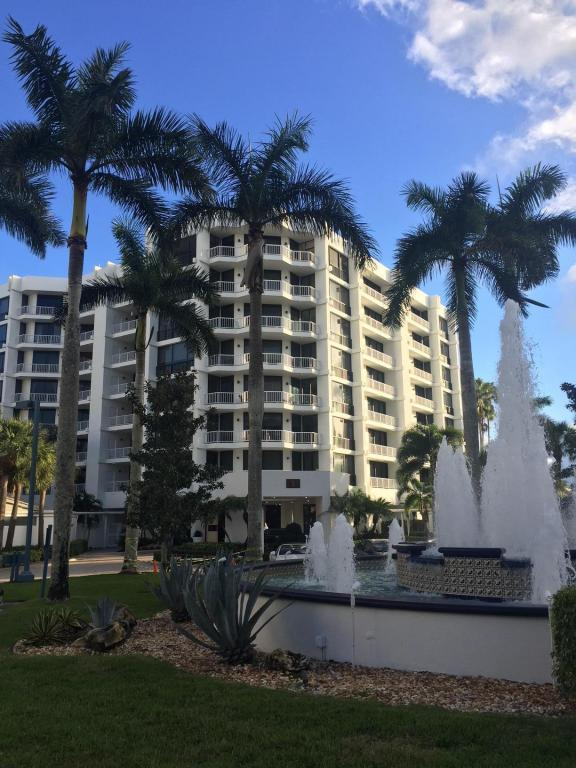 20310 Fairway Oaks Drive, Boca Raton, FL 33434