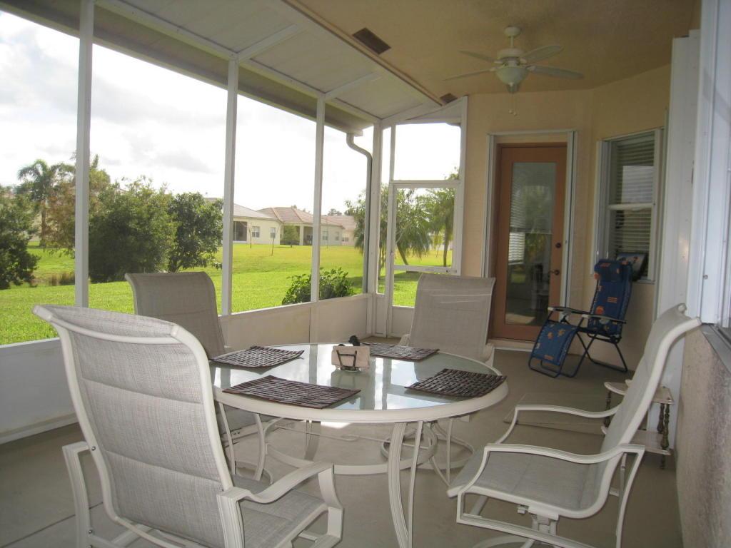 319 Sw Lake Forest Way, Port Saint Lucie, FL 34986