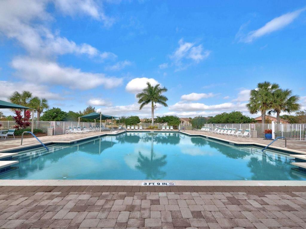 9822 Sw Eastbrook Circle, Port Saint Lucie, FL 34987