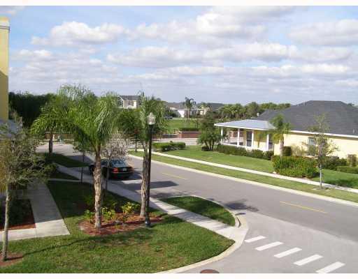 10520 Sw Stephanie Way, Port Saint Lucie, FL 34987