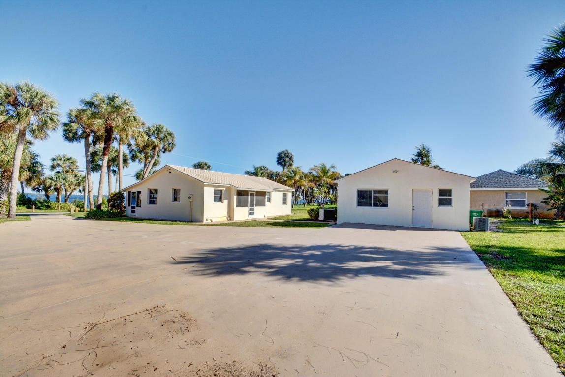 9105 S Indian River Drive, Fort Pierce, FL 34982
