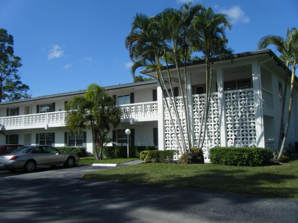5451 Poppy Place, Delray Beach, FL 33484