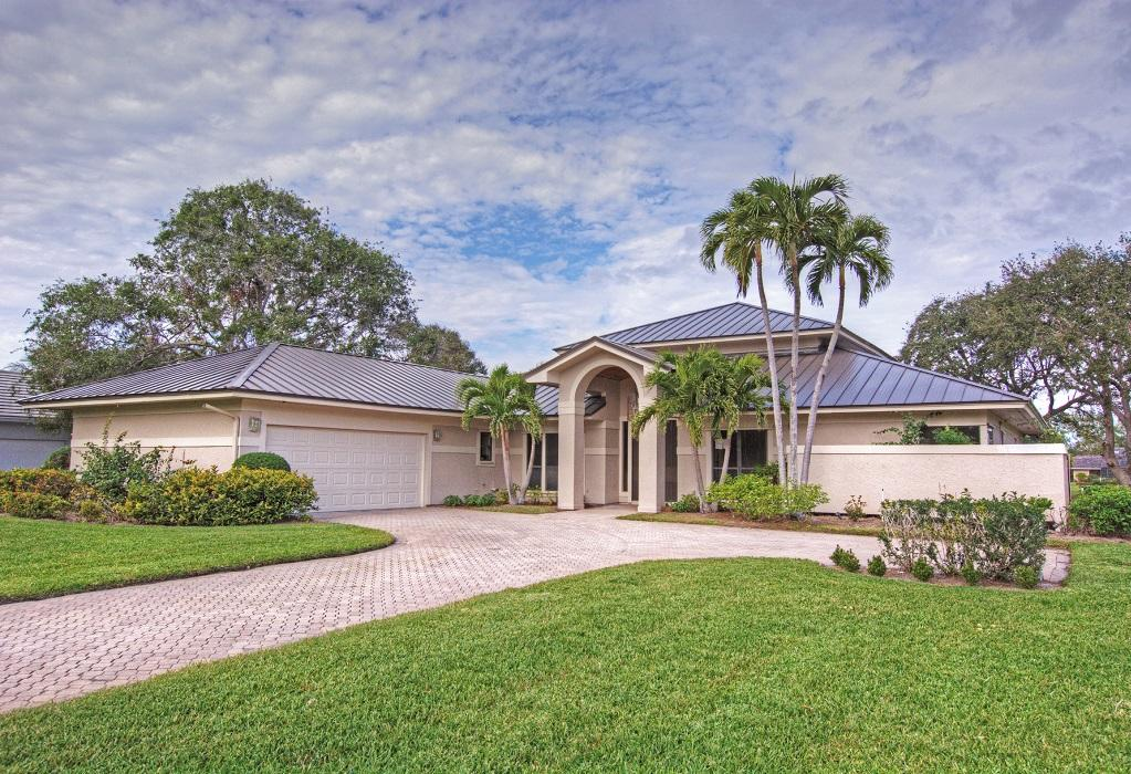 6385 Se Baltusrol Terrace, Stuart, FL 34997