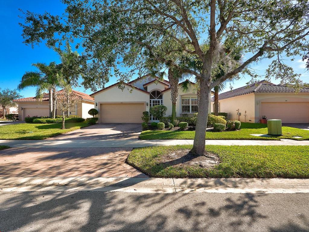 303 Nw Shoreview Drive, Port Saint Lucie, FL 34986