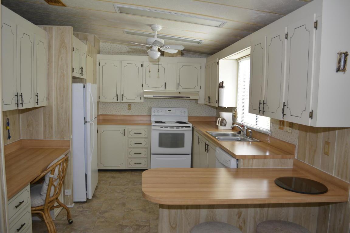 2664 Sw Pontiac Place, Stuart, FL 34997
