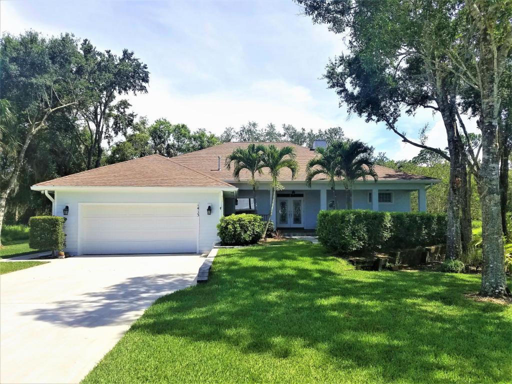 1413 Lone Pine Drive, Fort Pierce, FL 34982