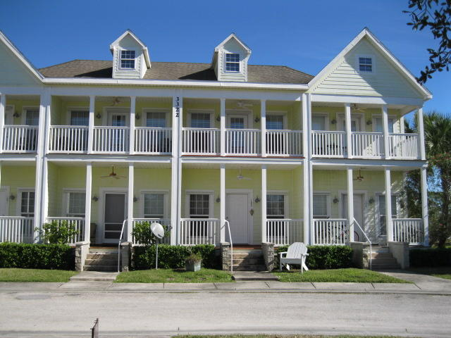 3322 Monterey Square Lane, Fort Pierce, FL 34982