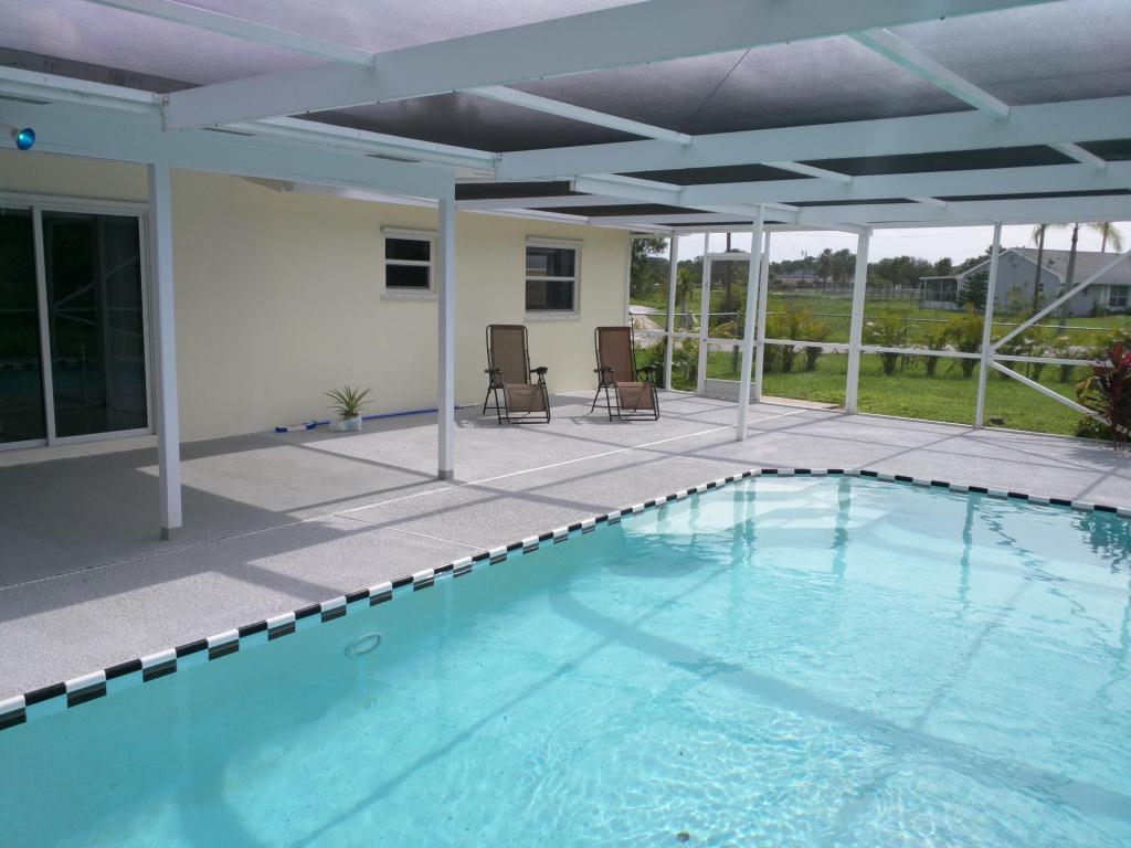 304 Nw Kilpatrick Avenue, Port Saint Lucie, FL 34983