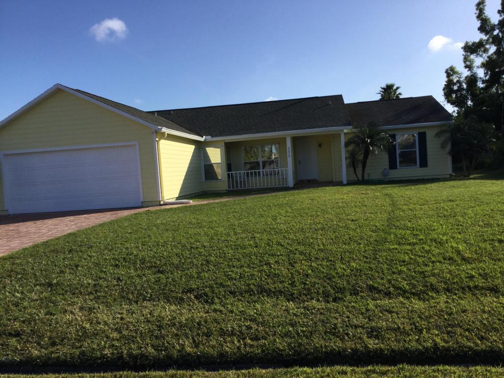 2670 Se Export Avenue, Port Saint Lucie, FL 34952