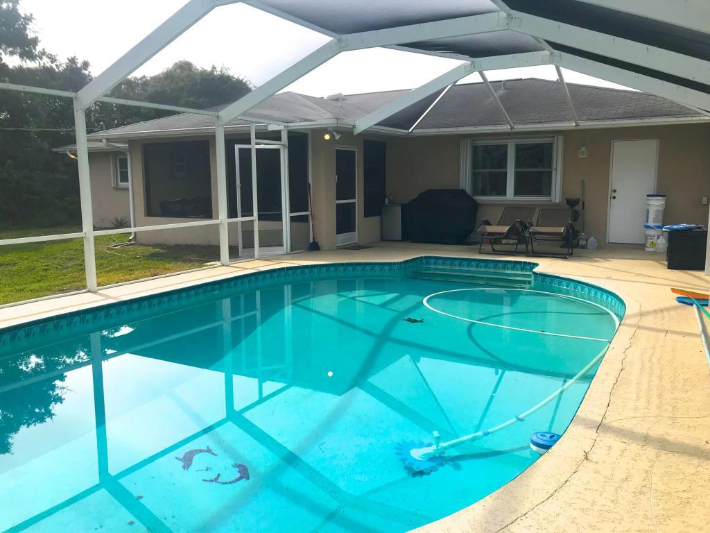 145 Nw Byron Street, Port Saint Lucie, FL 34983