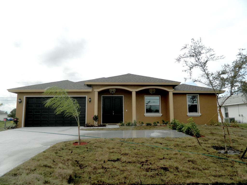 4174 Sw Darwin Boulevard, Port Saint Lucie, FL 34953