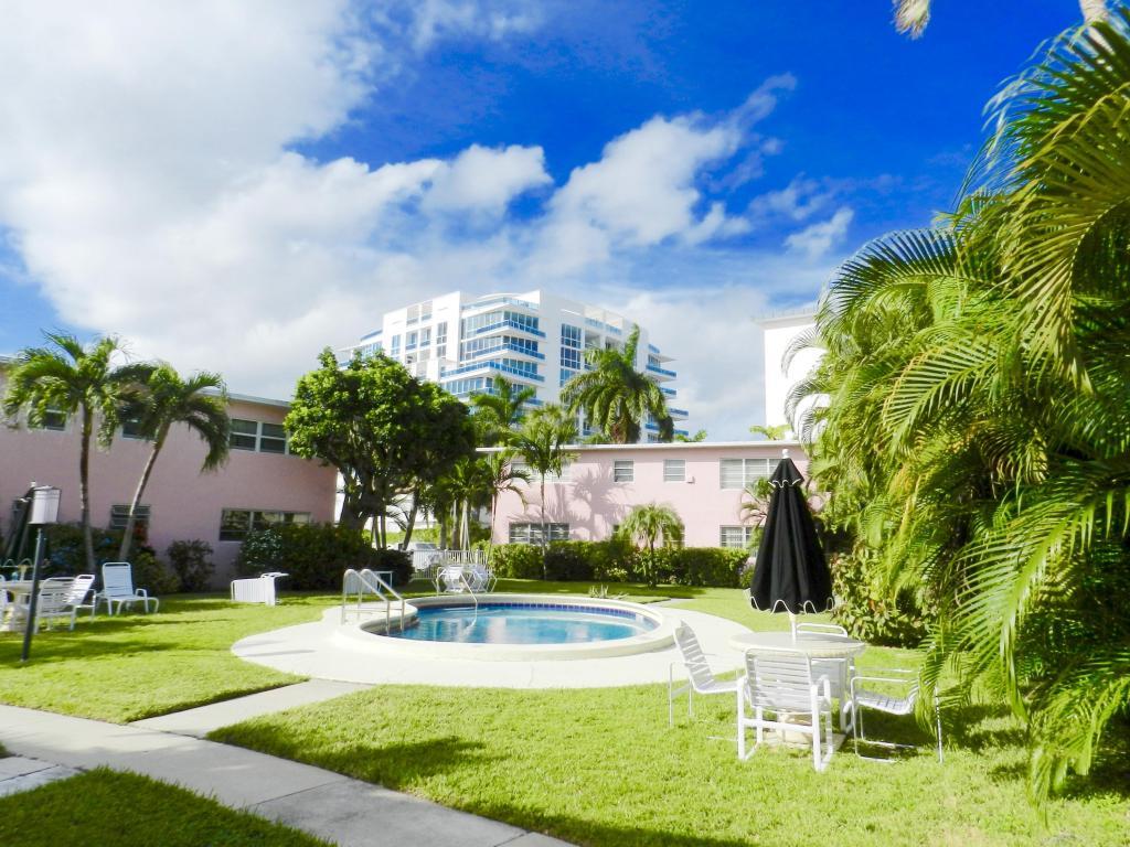 700 Bayshore Drive, Fort Lauderdale, FL 33304