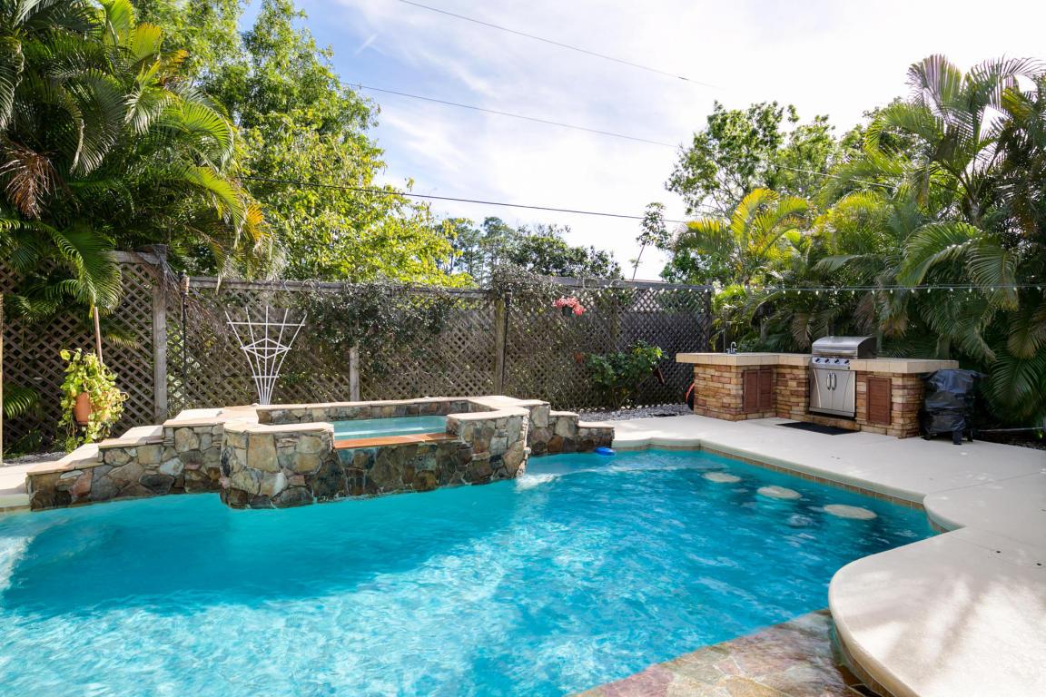 214 Sw Starflower Avenue, Port Saint Lucie, FL 34953