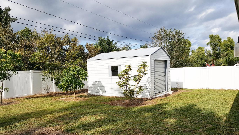 2813 Se Melaleuca Boulevard, Port Saint Lucie, FL 34952