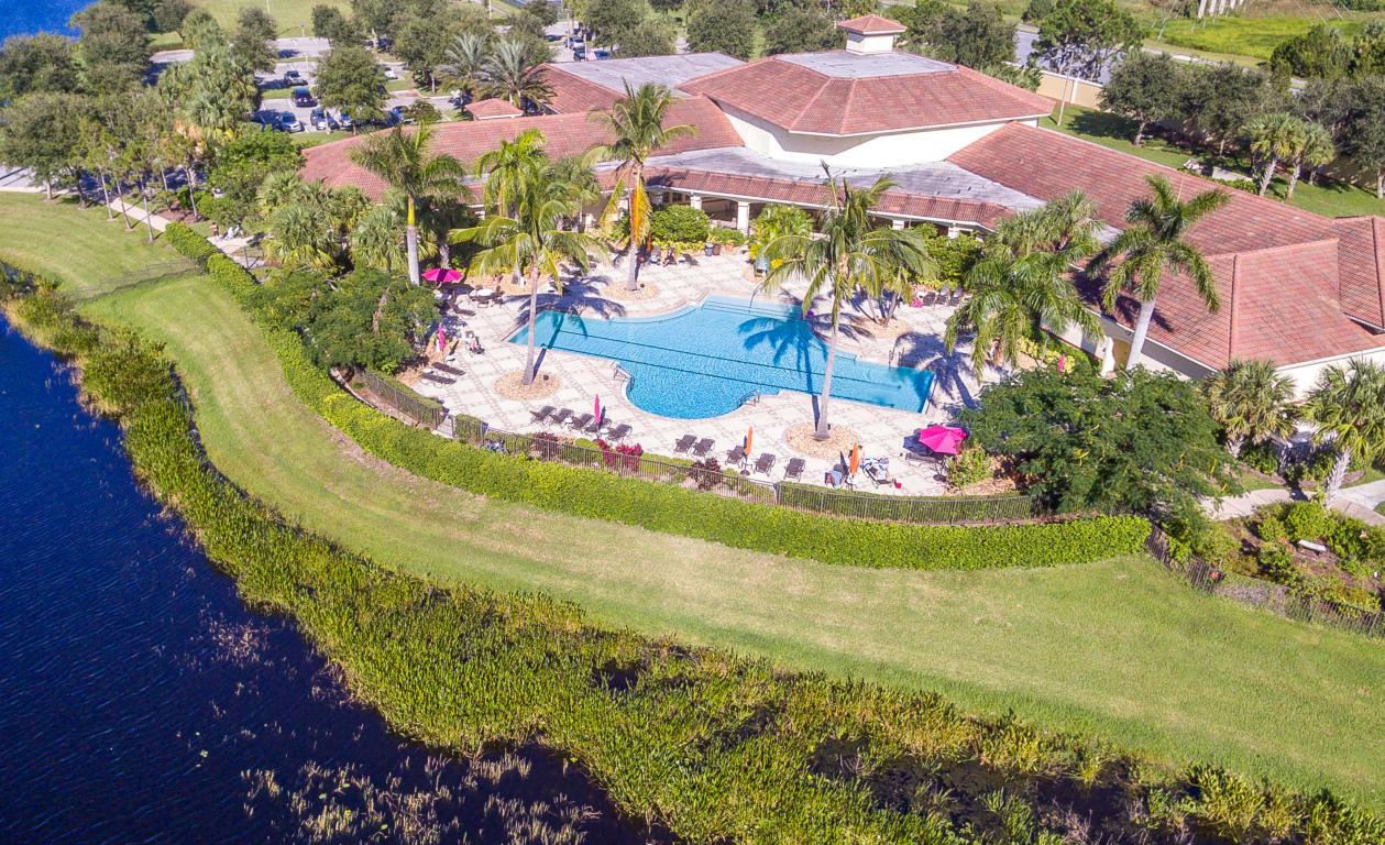 8306 Mulligan Circle, Port Saint Lucie, FL 34986