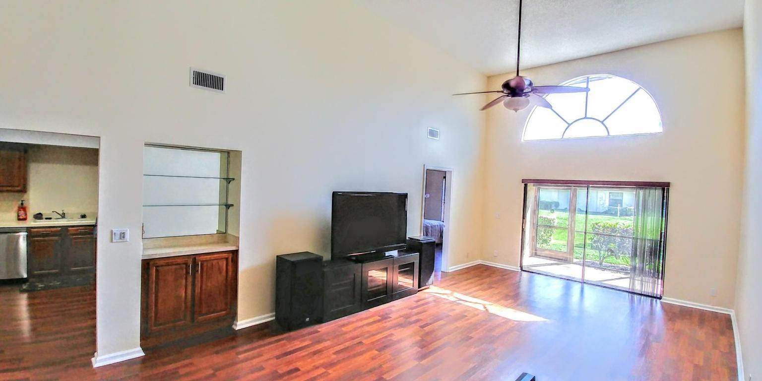 424 Ashwood Place, Boca Raton, FL 33431