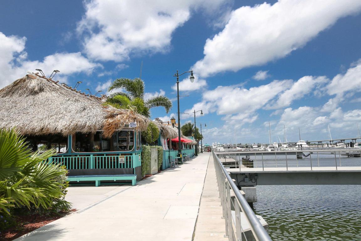 1861 Nw Vivanco Street, Port Saint Lucie, FL 34986